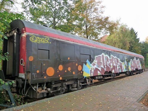 Graffiti_car_by_Kotbaum