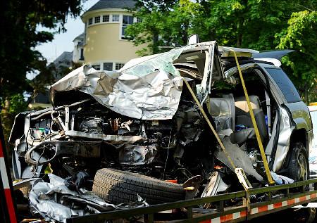 FATAL 8 PERSON CAR CRASH TACONIC